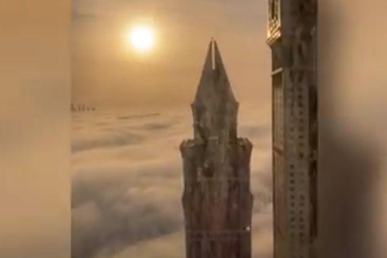 Dubái constituye un paisaje surreal, más propio de un universo de ciencia ficción que de nuestra realidad