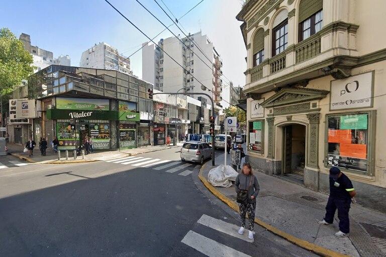 En un local de la calle Paso al 600, en el barrio porteño de Balvanera, una joven venezolana de 18 años dijo haber sido drogada y abusada sexualmente durante una entrevista laboral