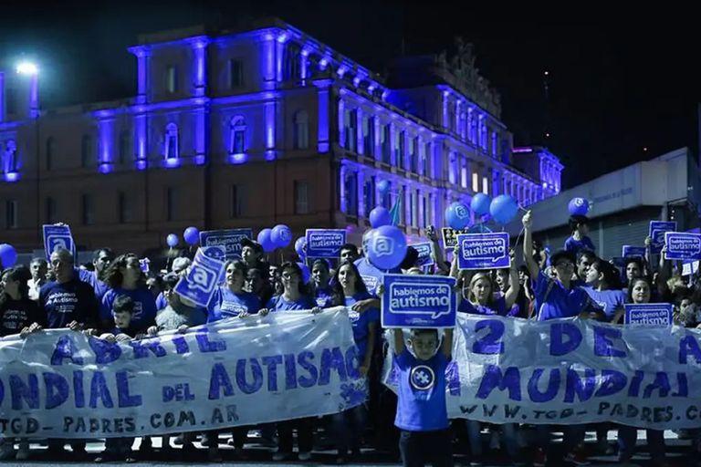 Marcha por el Día Mundial del autismo, en 2017