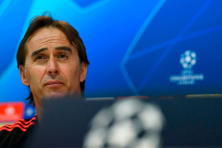 Julen Lopetegui se muestra fuerte, pero Florentino Pérez le busca reemplazante