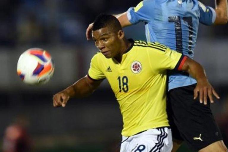 Frank Fabra no fue convocado por Reinaldo Rueda pese a no tener problemas físicos.