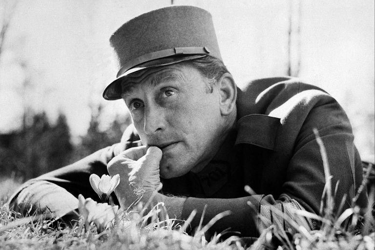 Kirk Douglas en La patrulla infernal (1957), de Stanley Kubrick, uno de los relatos definitivos del cine sobre la Primera Guerra Mundial