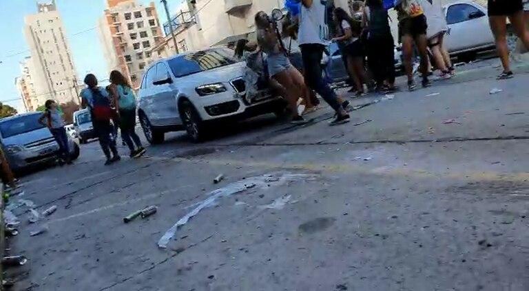En Mar del Plata, atropellaron a una adolescente en el festejo del último primer día de clases