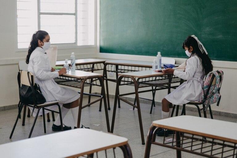 """""""La educación es esencial"""", es el lema de reclamo de los padres de los alumnos de 33 colegios de Vicente López"""