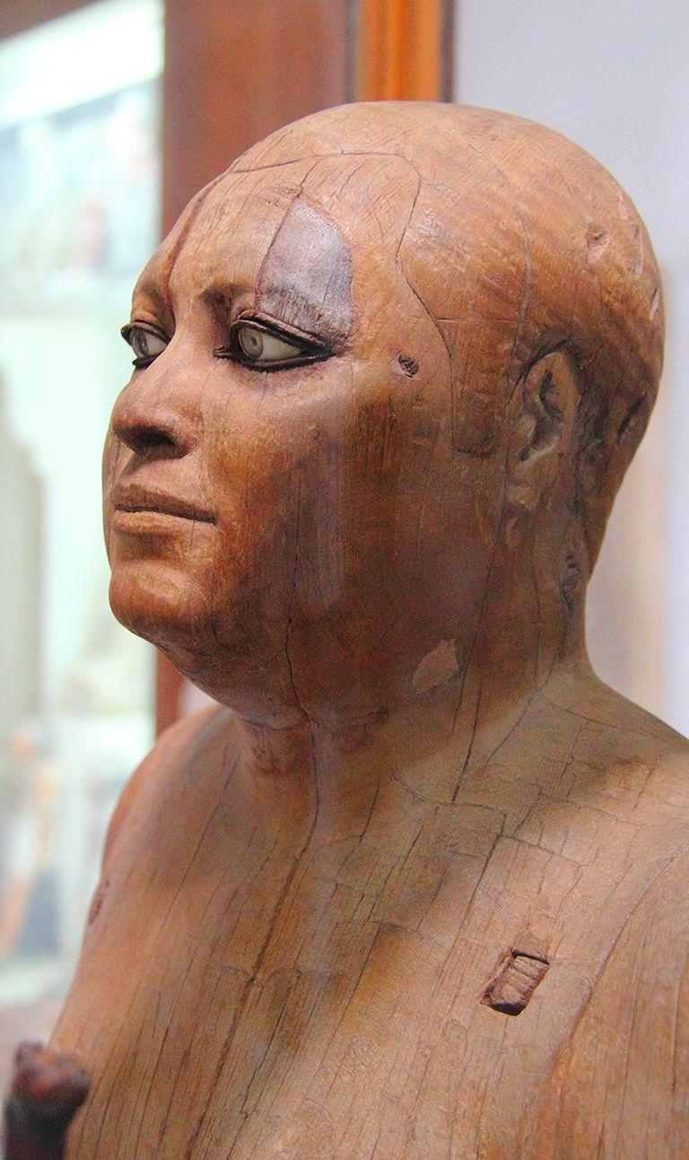 La imagen realística está hecha en madera de sicomoro