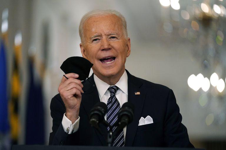 ARCHIVO - En esta foto de archivo del 11 de marzo de 20201, el presidente Joe Biden habla al país desde la Casa Blanca. (AP Foto/Andrew Harnik, File)