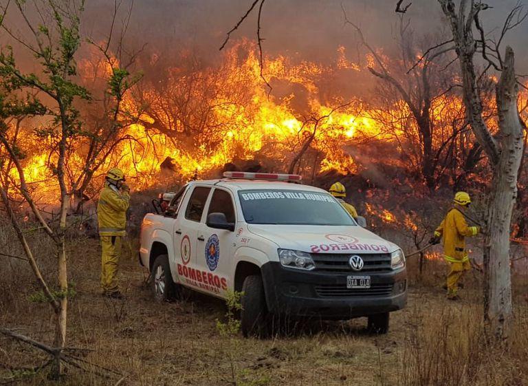Siguen los incendios en Córdoba y San Luis