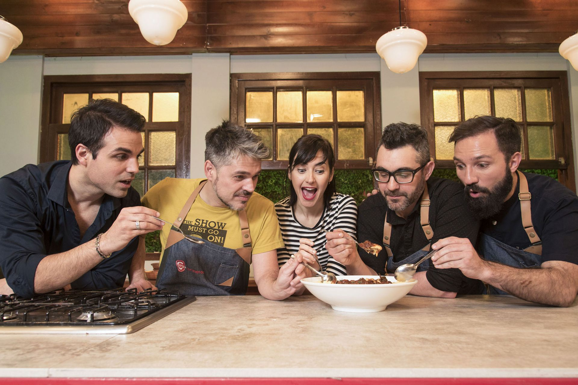 Cocineros que se divierten e informan