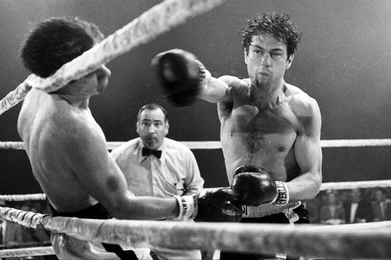 Robert de Niro como Jake LaMotta en Toro salvaje, de Martin Scorsese, acaso una de las mejores biopics jamás filmadas