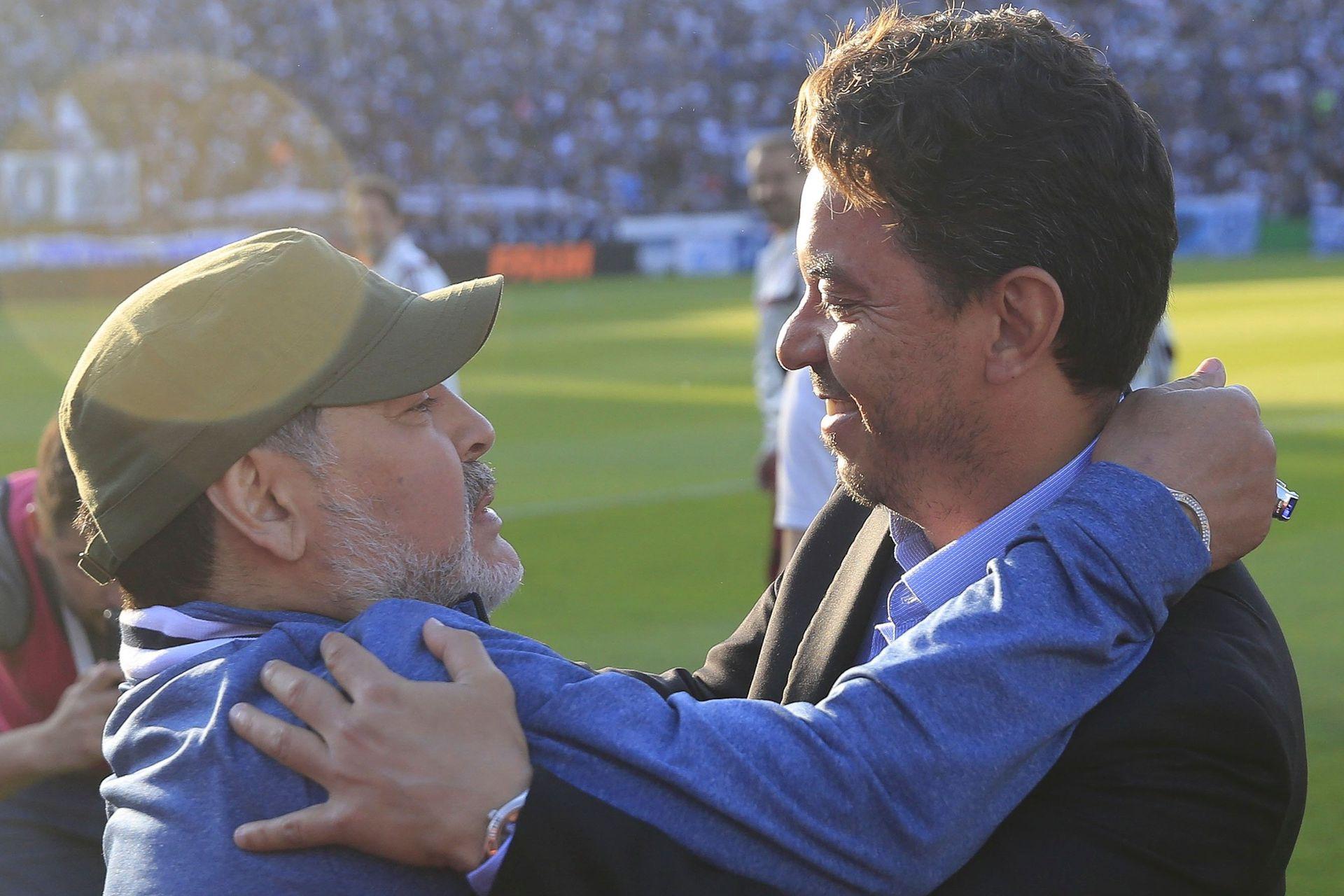 El saludo con Marcelo Gallardo, en La Plata, antes de un Gimnasia vs. River