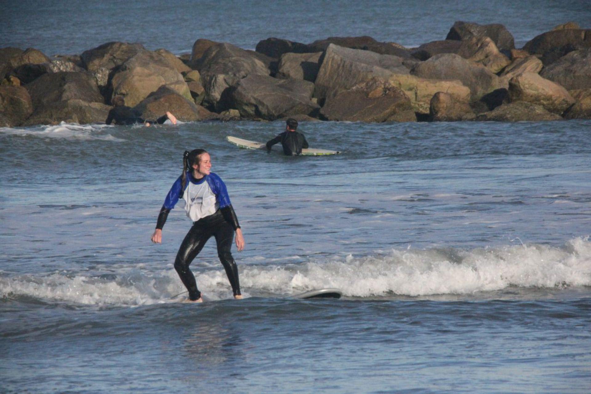 """""""La experiencia disparadora fue encontrarme haciendo un deporte acuático y comenzar a realizar travesías remando con SUP en el Canal de Beagle"""", dice Ana."""