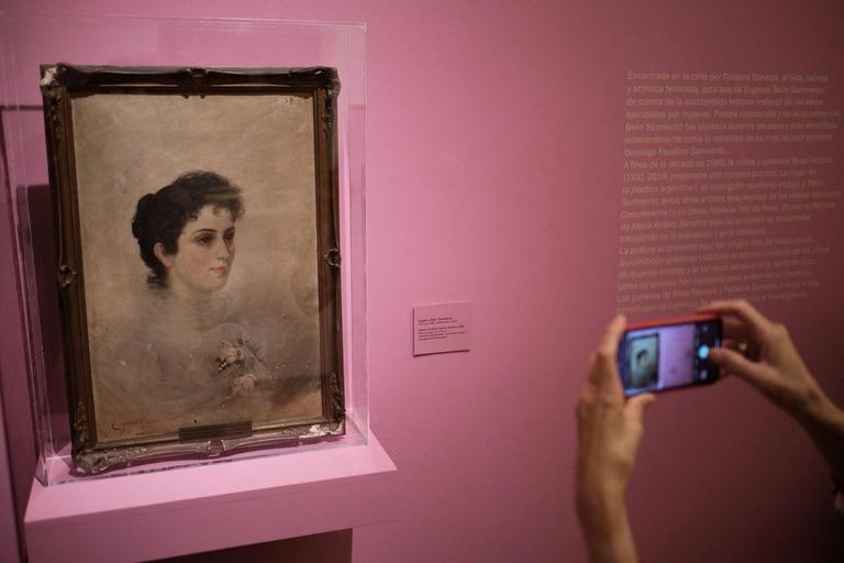 """Este cuadro pintado por Eugenia Belín Sarmiento, nieta del prócer, se exhibe en """"El canon accidental"""", una de las nuevas muestras del Museo Nacional de Bellas Artes"""
