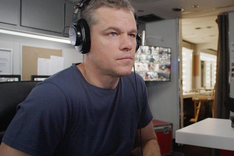 La lucha de Matt Damon para que ninguna niña falte a la escuela por buscar agua