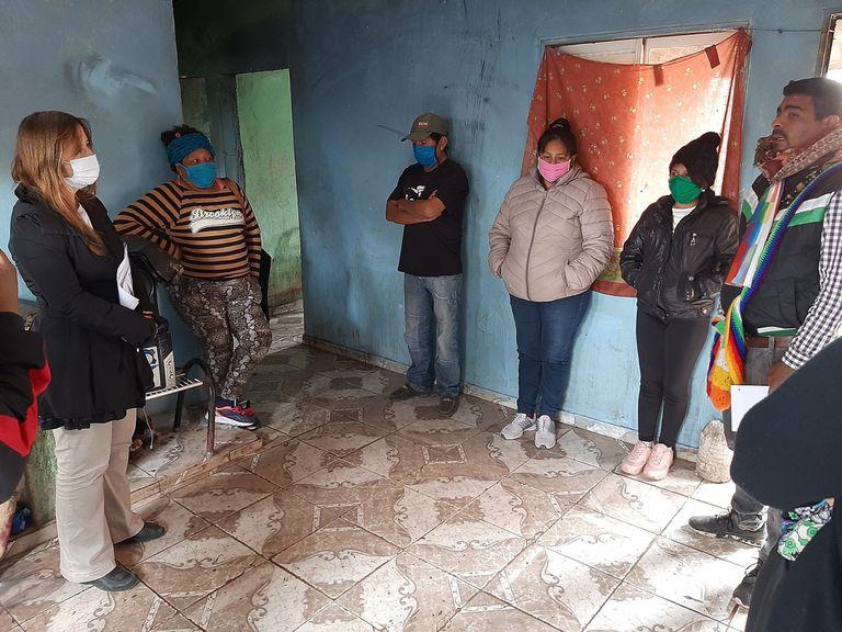 Magdalena Odarda visitó la familia qom violentada por la policía