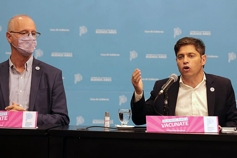 El gobernador Axel Kicillof brinda una conferencia de prensa