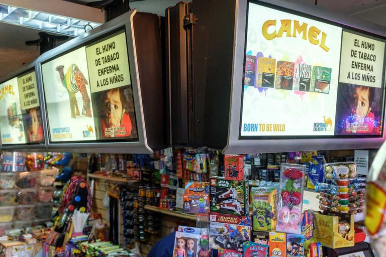 Los cigarrillos dinamizan las ventas de los 100.000 kioscos del país porque atraen otras ventas, dice la UKRA