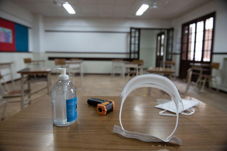 En la provincia, se permiten hasta 100 personas por acto de graduación de cada curso de los últimos años de las escuelas primarias y secundarias