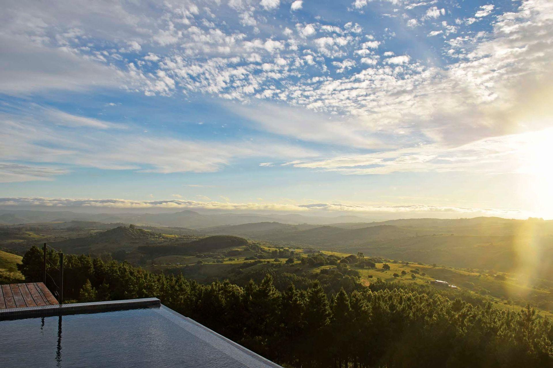 Cielo abierto y verde sierra: qué mejor para descansar y relajar.