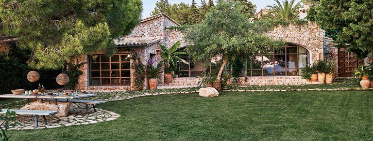 Por más verde. La fantástica renovación de una casa de campo en Mallorca