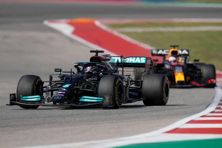 Duelo caliente por el liderazgo entre Hamilton y Verstappen: vuelta a vuelta, el GP de EE.UU. de la Fórmula 1