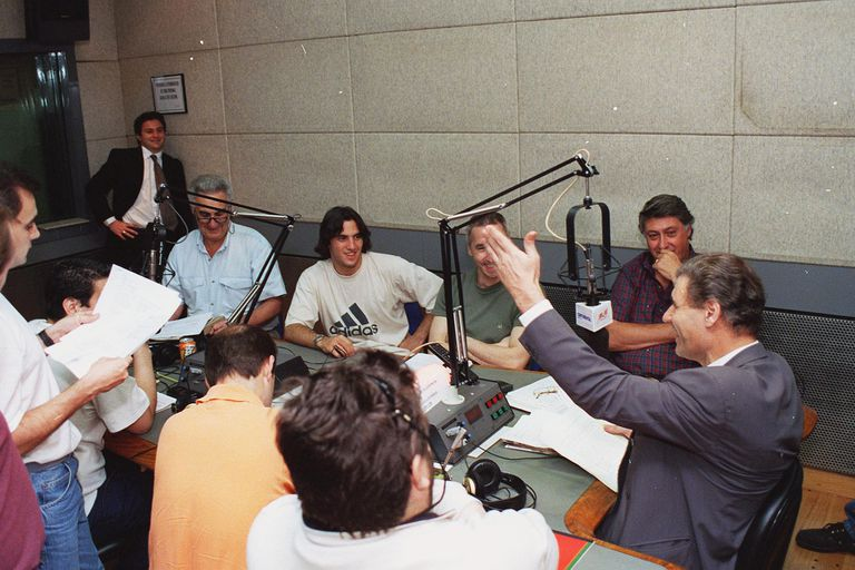 Victor Hugo Morales y equipo en Radio Continental