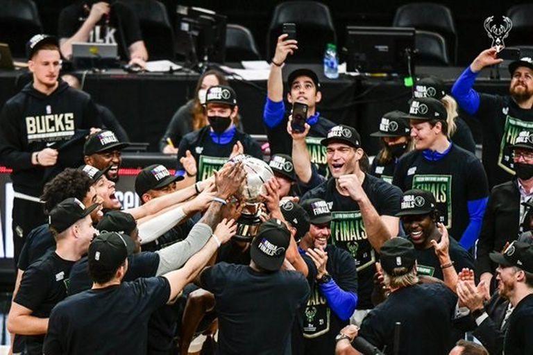 Milwaukee Bucks eliminó a Atlanta Hawks y jugará sus primeras finales de la NBA desde 1974