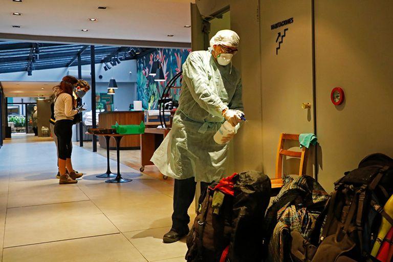 Cinco hoteles están en funcionamiento en la ciudad para aislar a pacientes leves o asintomáticos de coronavirus