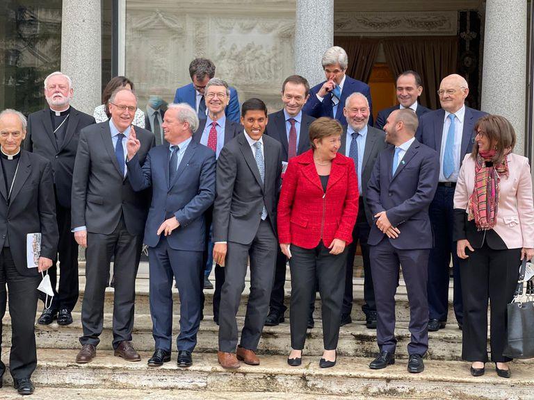 Guzman, Georgieva, Stiglitz y Beliz en el Vaticano