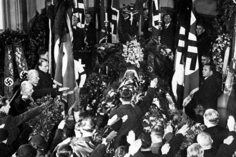 El funeral de Wilhelm Gustloff congregó a muchos miembros del nazismo
