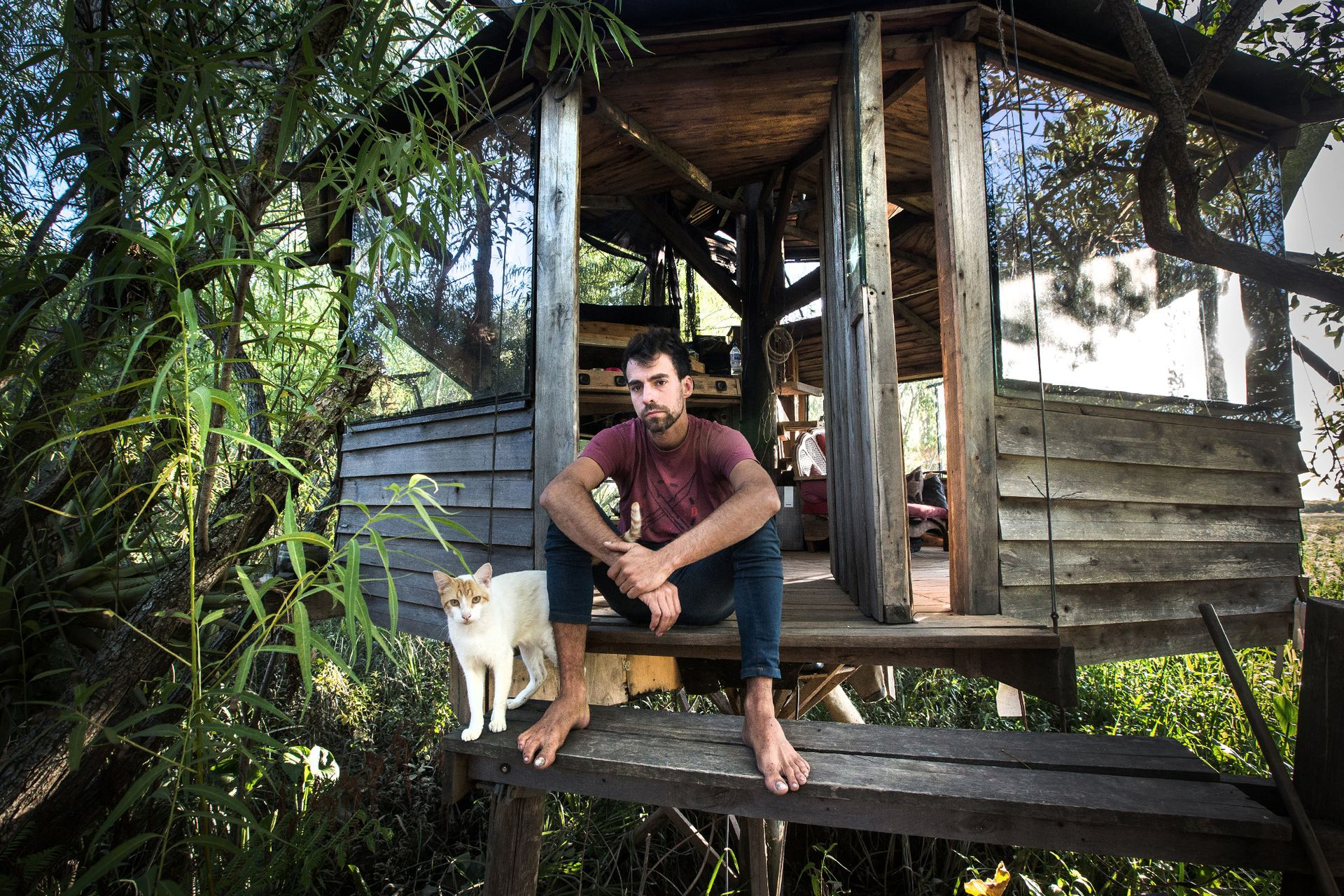 Rodrigo García es uno de los nuevos isleños y dice que robaron en las casas alrededor de la suya