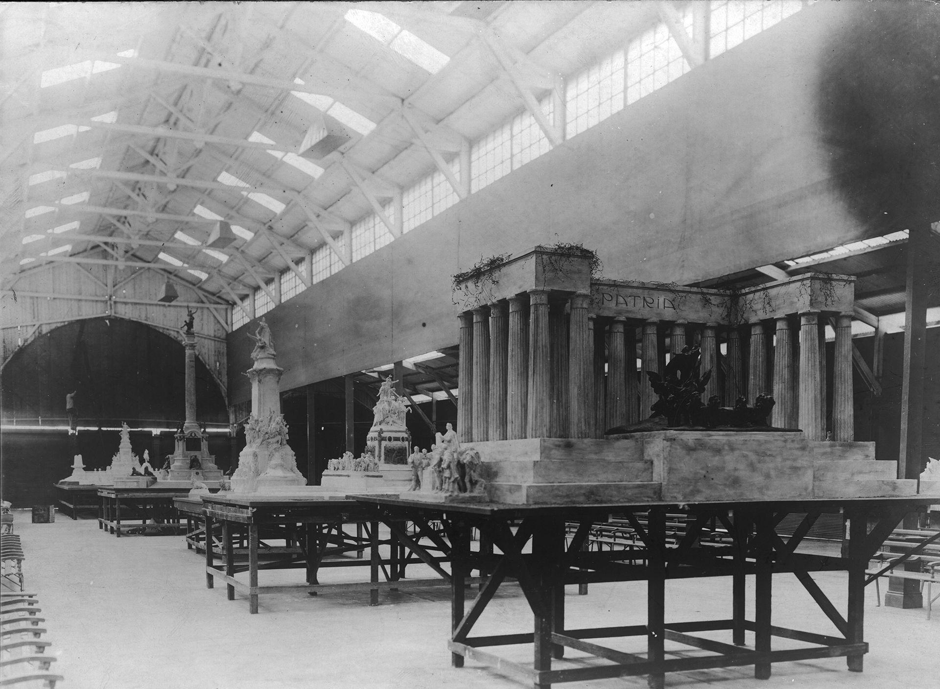 En 1908 se expusieron en La Rural las 74 maquettes que se presentaron al concurso.