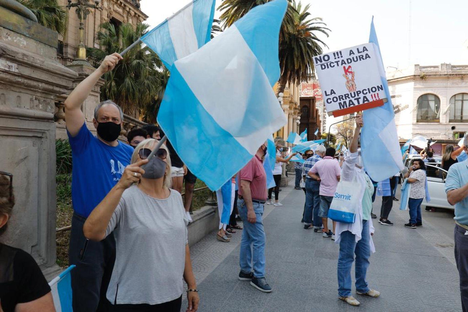 El centro de San Miguel de Tucumán fue epicentro de una de las manifestaciones del 12-O