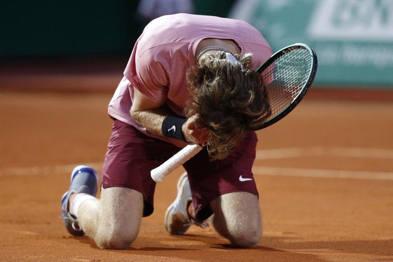 Andrey Rublev logró algo muy difícil en Montecarlo: vencer a Rafael Nadal sobre polvo de ladrillo.