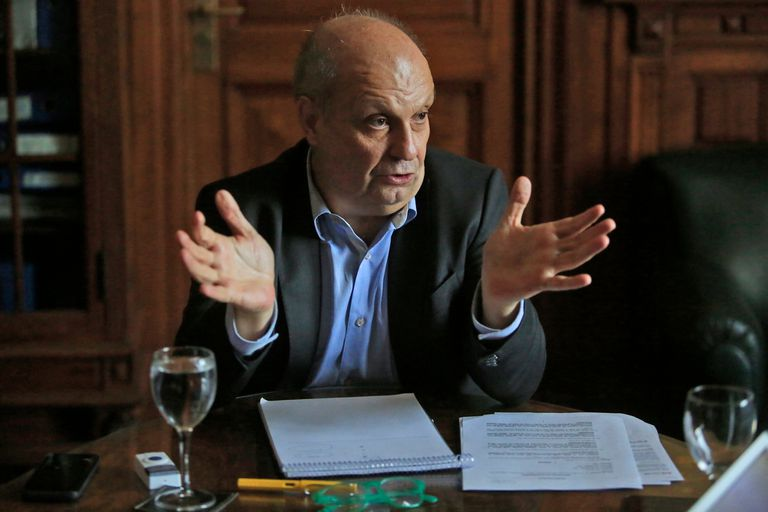 """Lombardi aseguró que las visitas al Presidente en Olivos fueron """"ilegales"""""""