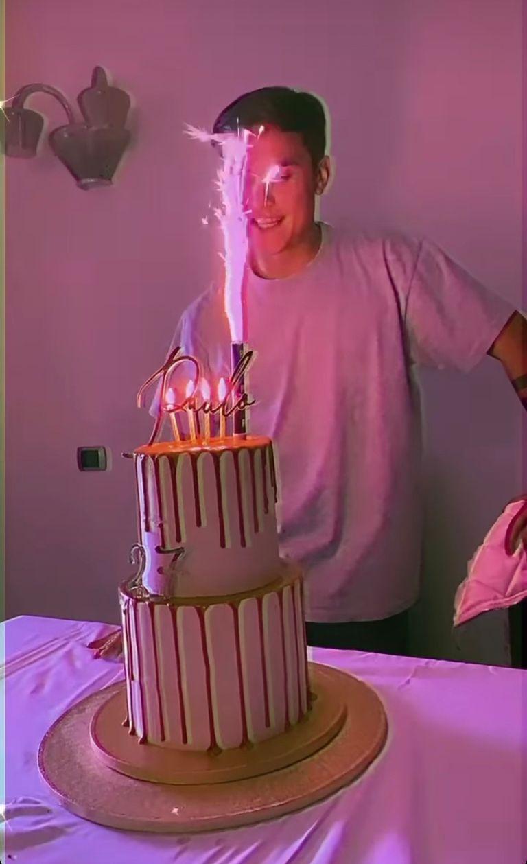 La torta de cumpleaños de Paulo Dybala Crédito: Instagram