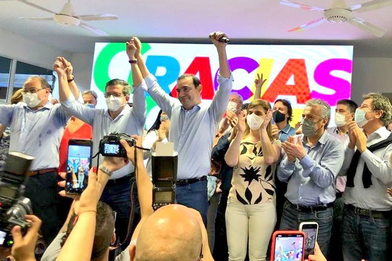 Gustavo Valdés reelecto como gobernador de Corrientes
