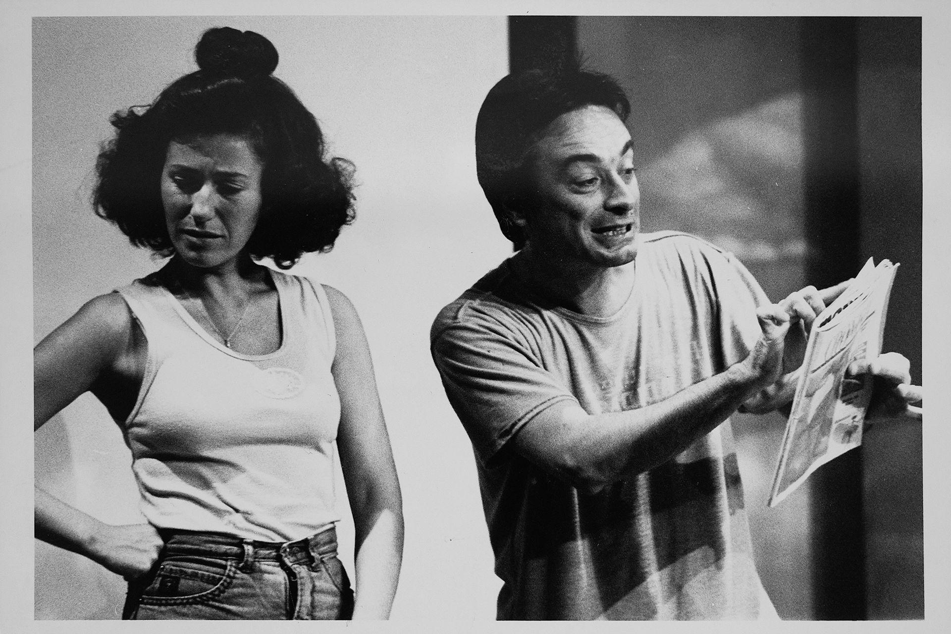"""Mercedes Morán y Oscar Martinez en """" Locos de contentos """" , 1991. Reproducciones que pertenecieron al archivo de Tiempo Argentino, Cronista Comercial y La Opinión. Muchas son de las agencias DyN y Telam. Corresponden a la década del 70 y 80."""