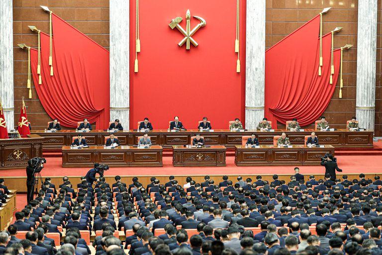 La reunión del politburó de ayer