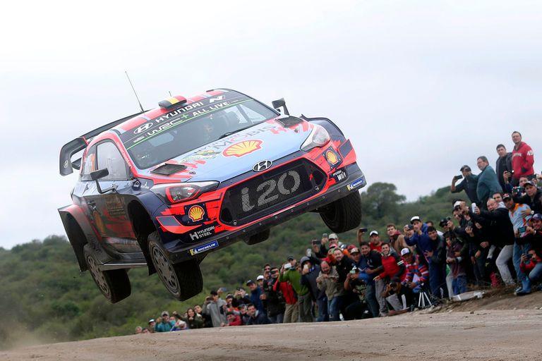 Neuville establece condiciones desde el inicio en el Rally de la Argentina