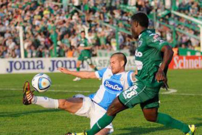 Atlético se lo ganó sobre el final a Sarmiento en Junín