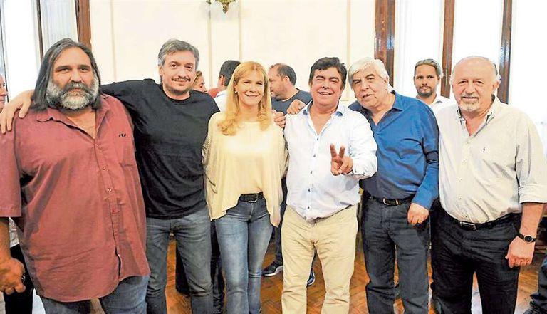 De izquierda a derecha, Baradel, Máximo Kirchner, Magario, Espinoza, Moyano y Yasky: aprestos electorales de la oposición