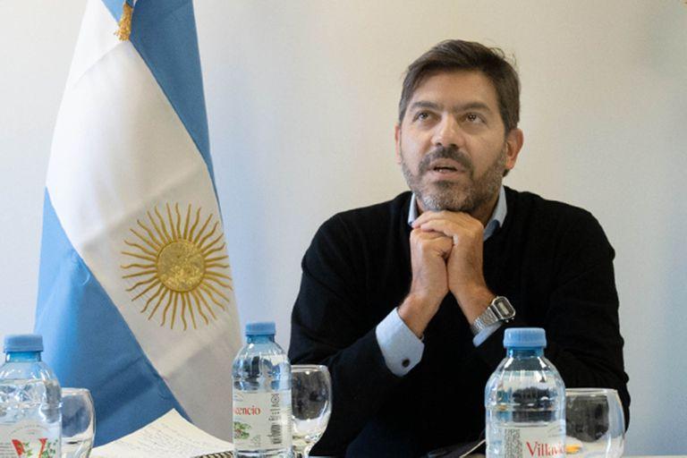 El jefe de Gabinete bonaerense, Carlos Bianco, apuntó contra la oposición y celebró el cumplimiento de las restricciones en la provincia