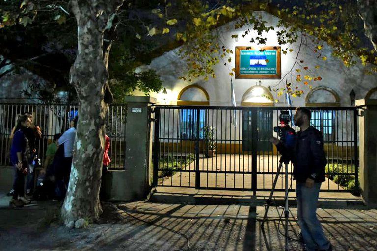 La unidad de investigaciones especiales de Gendarmería, en Retiro, donde se entregó anoche Cristóbal López