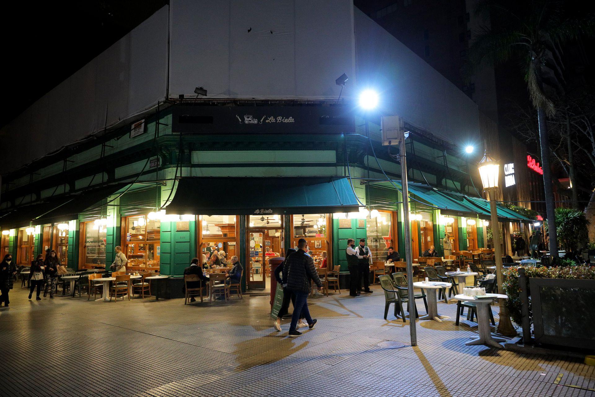 La icónica esquina de La Biela