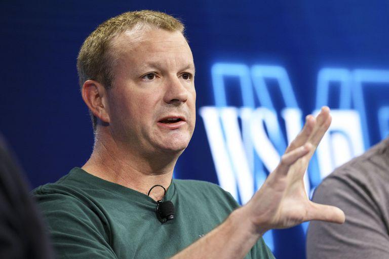 Brian Acton, uno de los creadores de Whatsapp