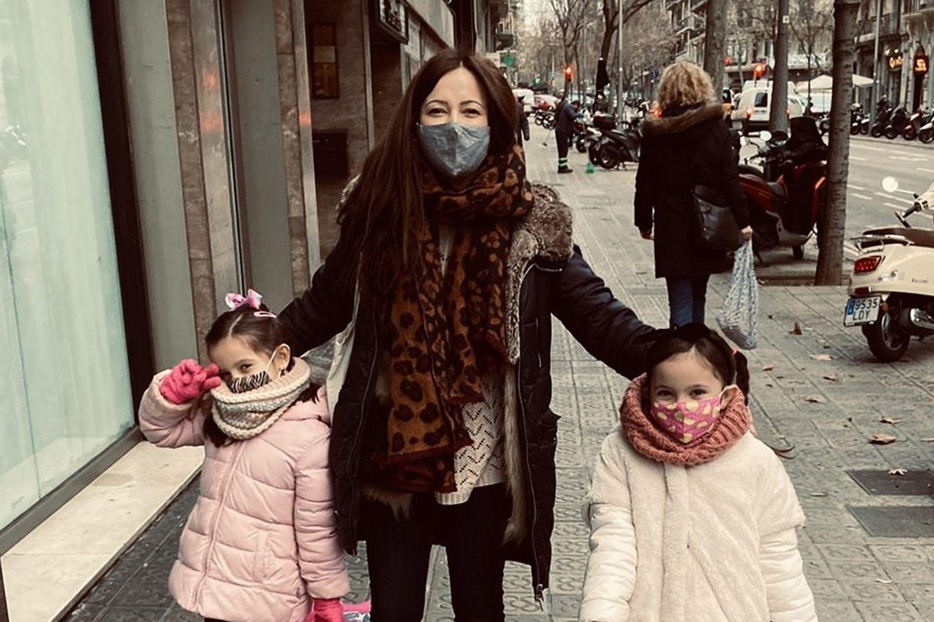 Cuando Cecilia supo que estaba embarazada de Lucía, su segunda hija, regresó a Buenos Aires.