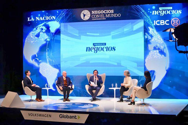 Mauricio Alonso (NotCo), Oscar Bonello (Solidyne), José Del Rio (LA NACION), Adriana Marina (Animaná) y Paula Ortega (ICBC)
