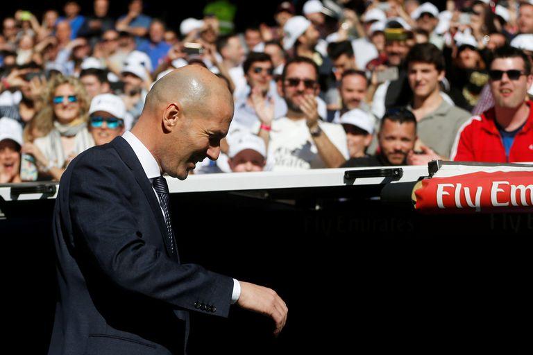 Volvió Zidane: la ovación del Bernabéu antes del 2-0 de Real Madrid ante Celta