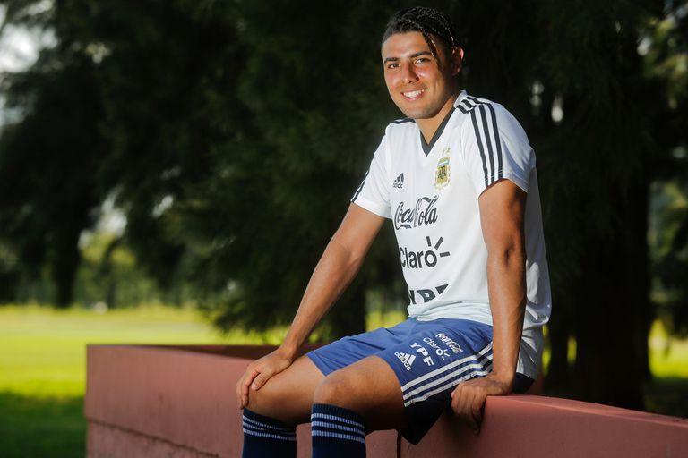 Maxi Romero, el goleador del Sub 20 que es papá y busca su destino en Holanda