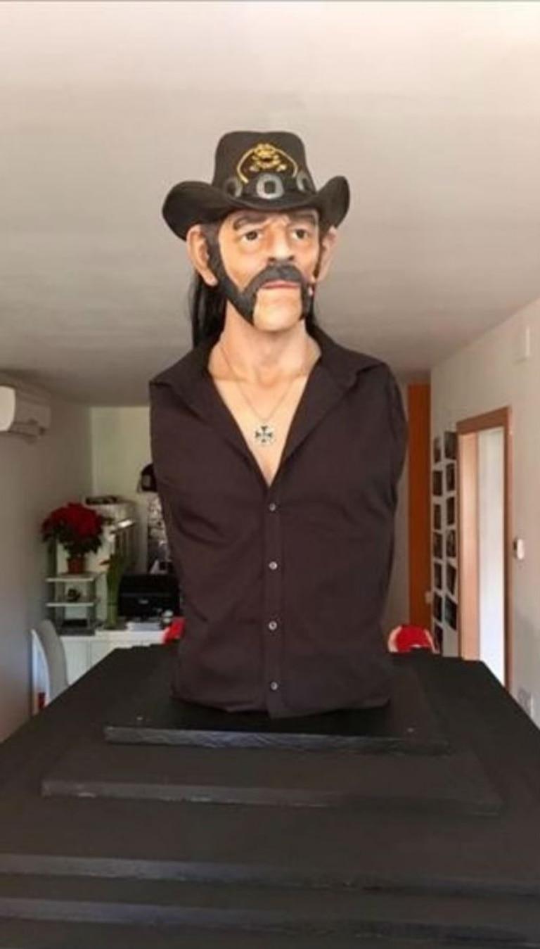 El busto de Lemmy Kilmister